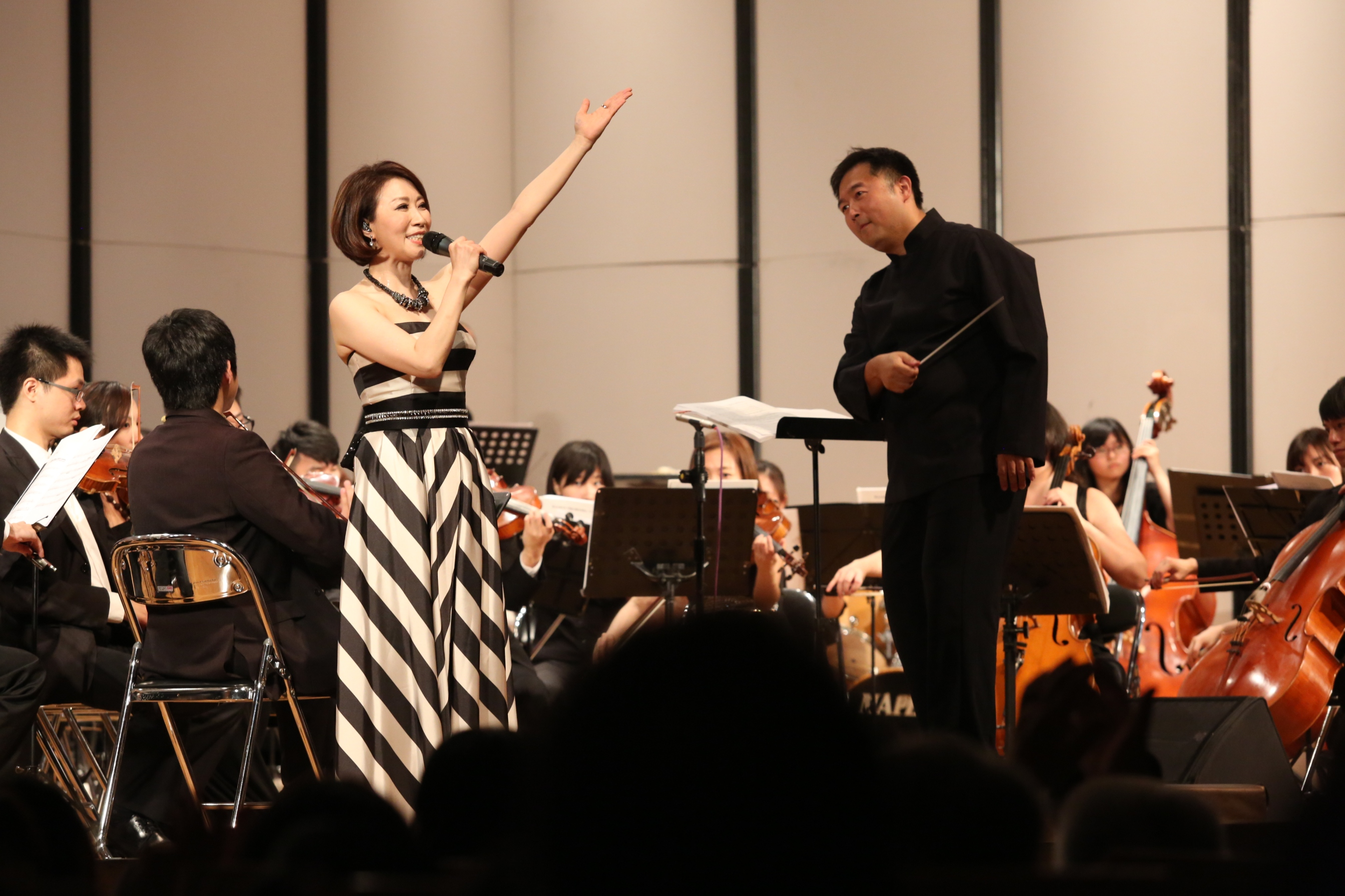 台灣人壽舉辦2015 My Hope音樂會「沁夏星光 交響奇緣」